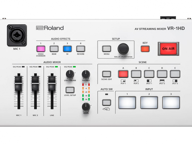 roland-vr-1hd-pic-1-website.jpg